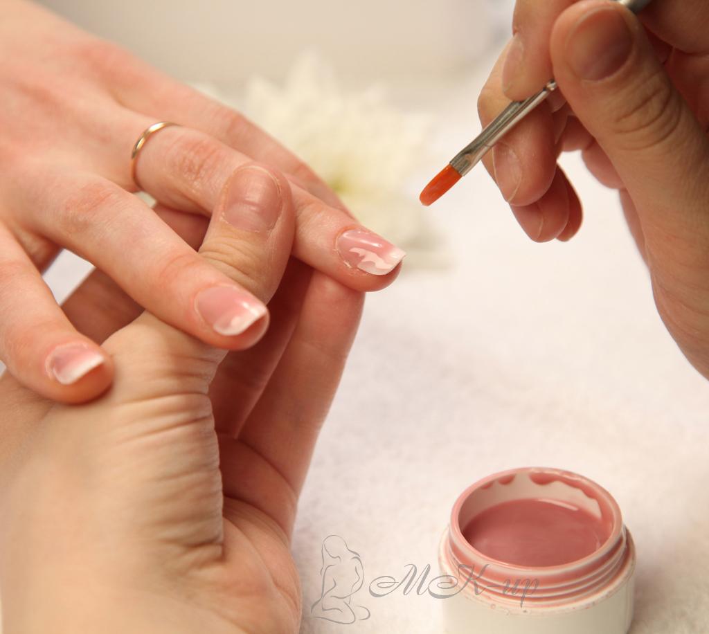 Акриловое укрепление ногтей в домашних условиях